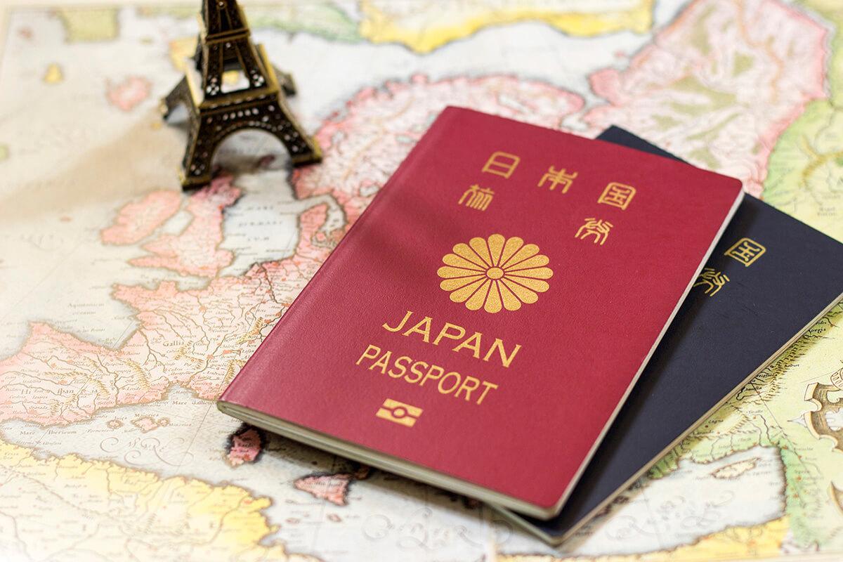 パスポートの色が何種類もある理由|日本5種類と …