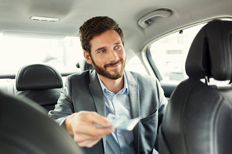 タクシーでチップを渡す時の英会話