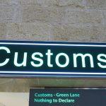 入国審査や税関で使える英語フレーズ